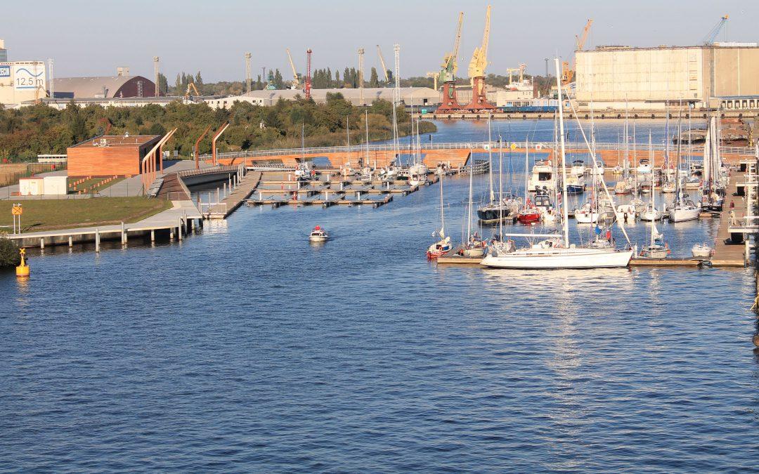 Coraz więcej żeglarzy w nowej marinie