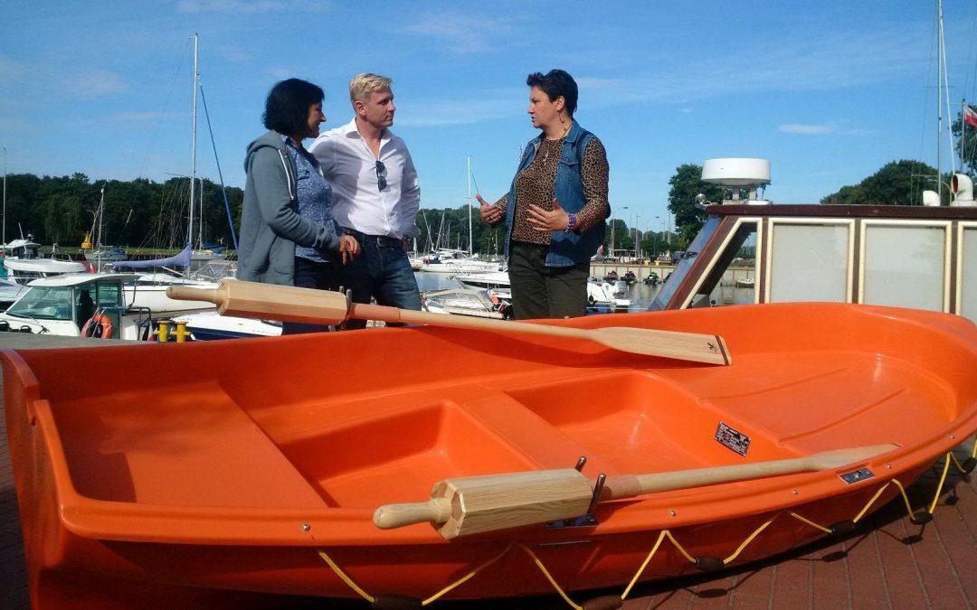 Gest żeglarzy na rzecz bezpieczeństwa turystów