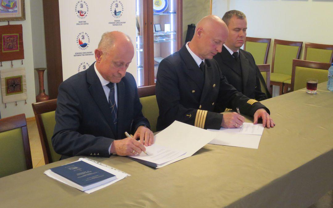 Akademia Morska i Związek Żeglarski dla bezpieczeństwa w jachtingu